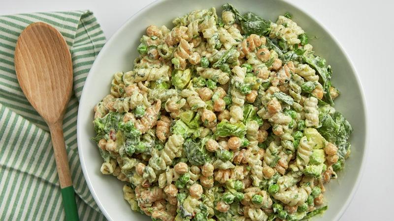 einfaches Essen für heiße Tage grüne Pasta mit Kichererbsen