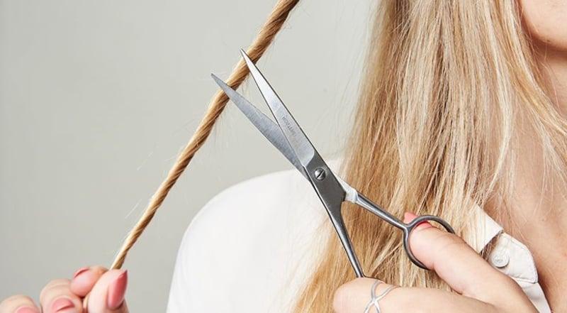 Haare schneiden gegen Haarbruch