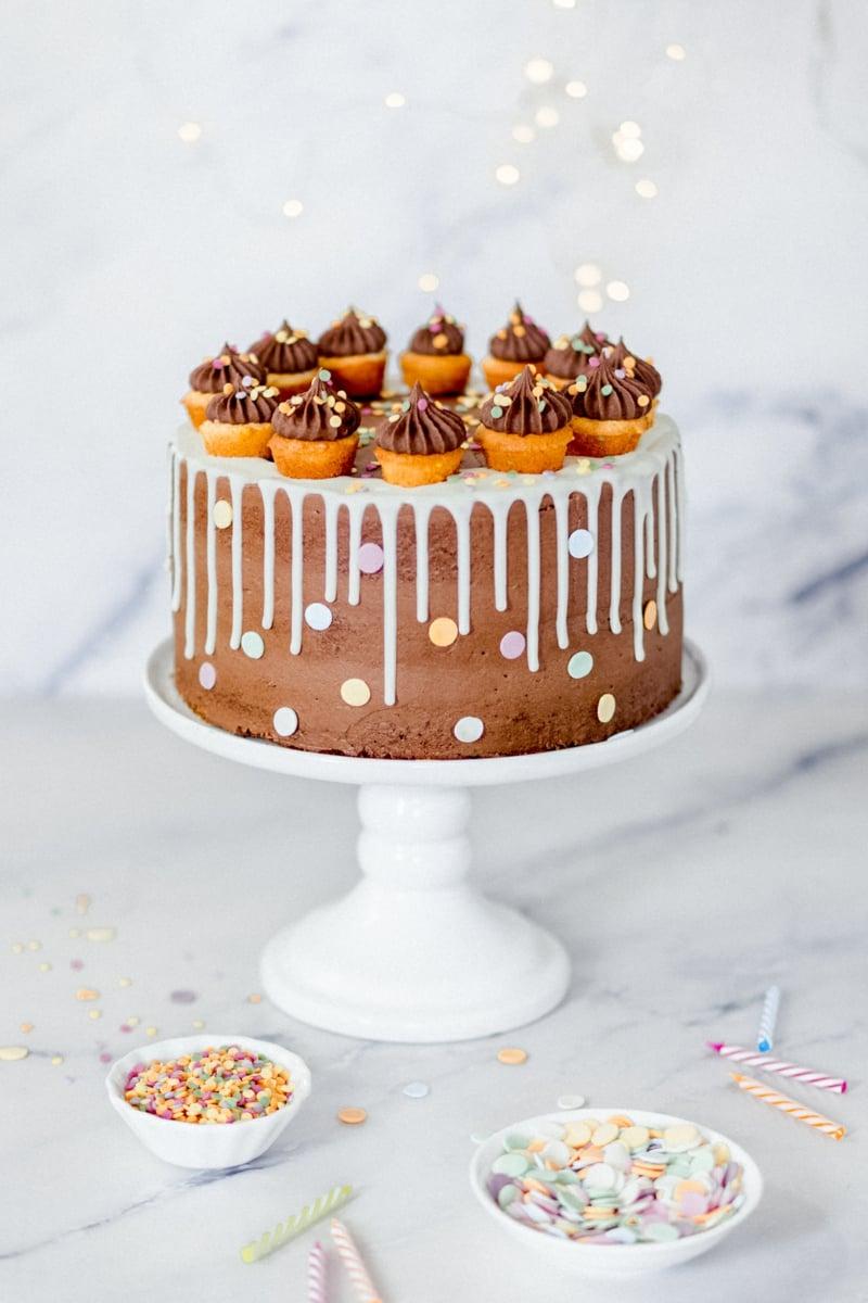Torte stilvoll dekorieren