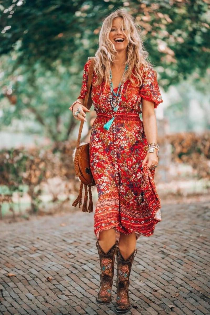 buntes Hippie Kleid Stiefel herrlicher Look