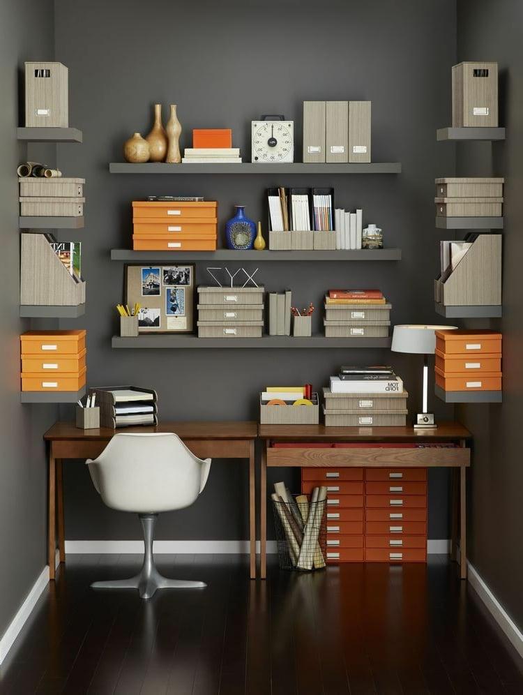 Home Office neutrale Farben Grau orange Akzente