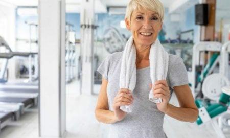 Bauch weg Übungen ab 50 für Damen