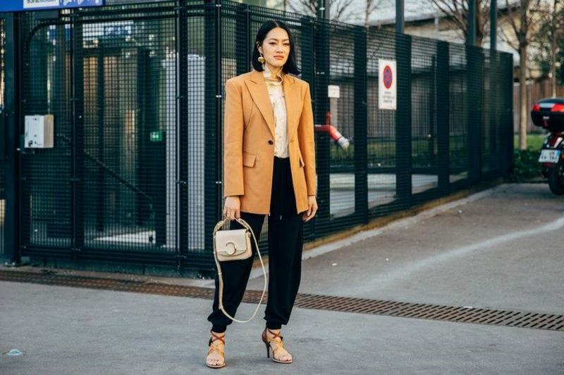 Joggingshose Outfit oversize Blazer gelb