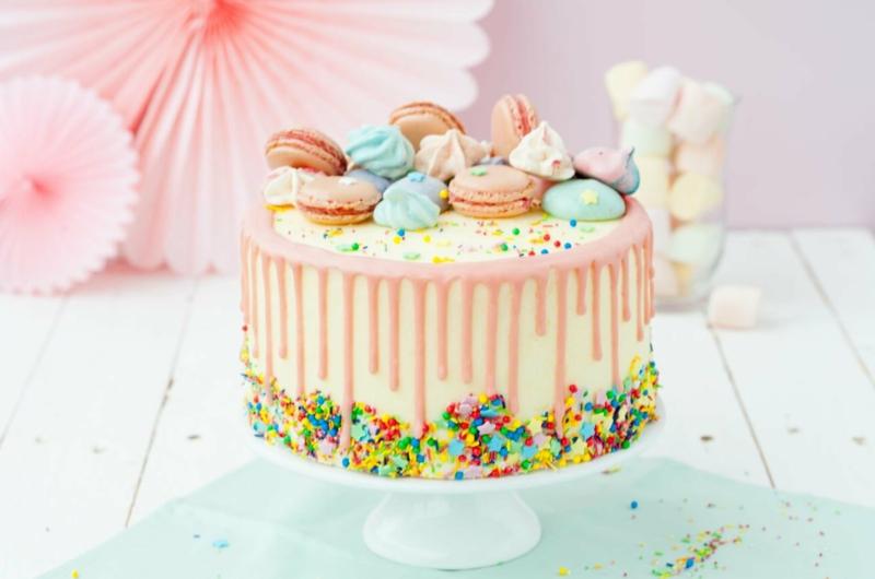 Torte dekorieren Teenager Geburtstag