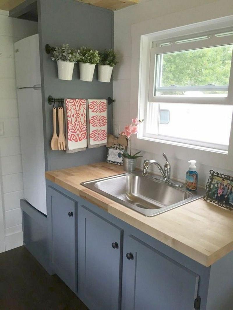 kleine Küche in Landhausstil