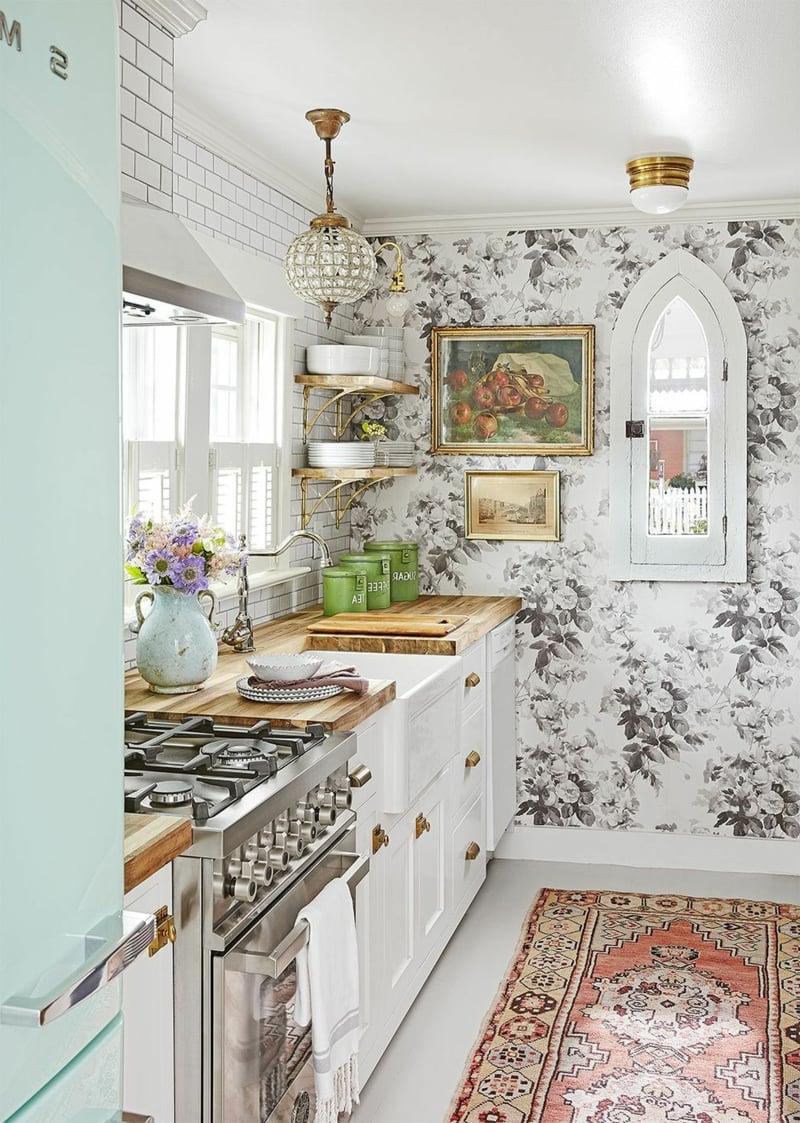 kleine Küche interessante Tapeten