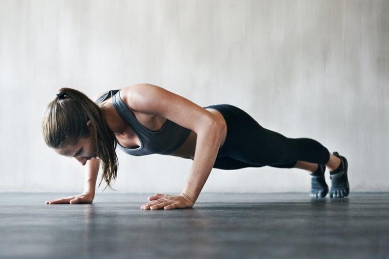 Trizeps Training für Frauen Liegestütze