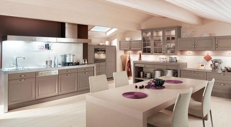 schöne Küche Hellrosa und Cappuccino