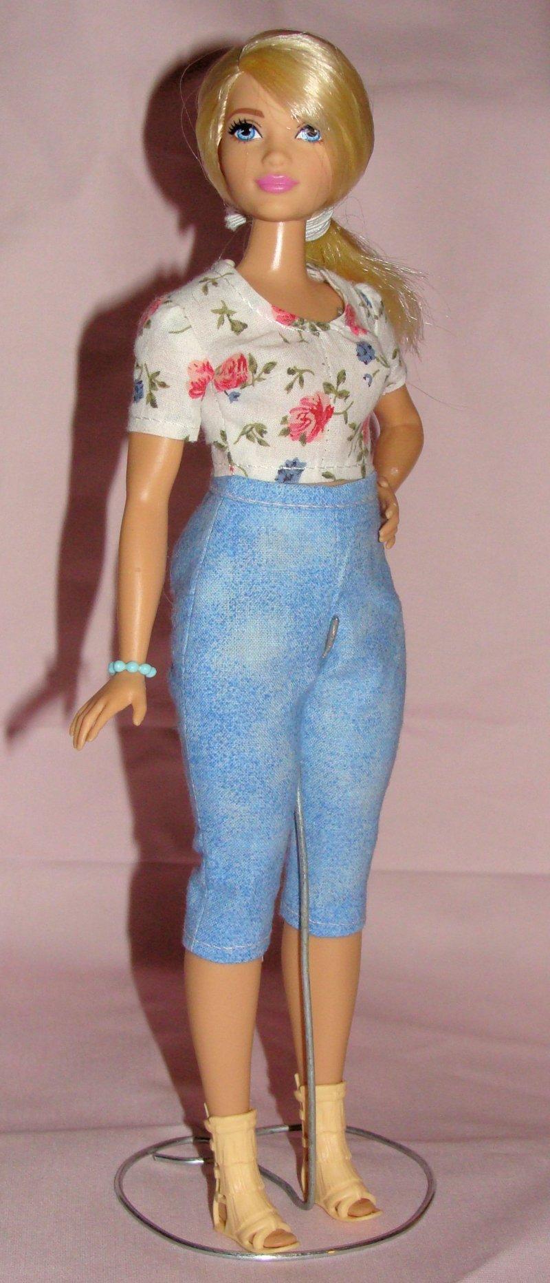 Barbie Kleidung selber machen mollige Puppe