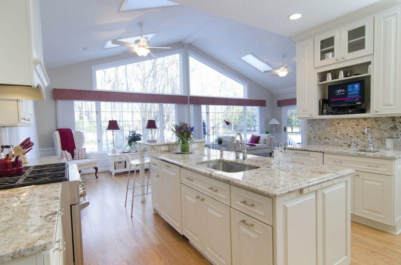 Kücheninsel Mittelpunkt offener Wohnraum