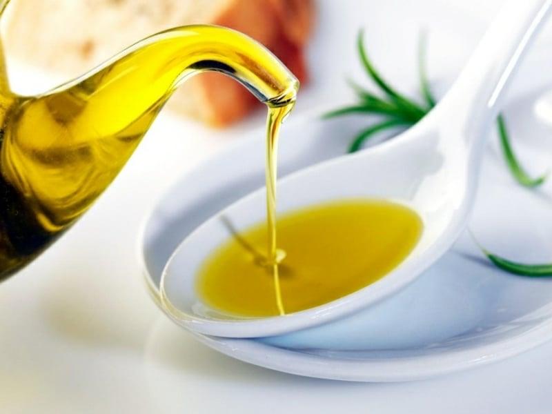Haarkur gegen Spliss Olivenöl verwenden