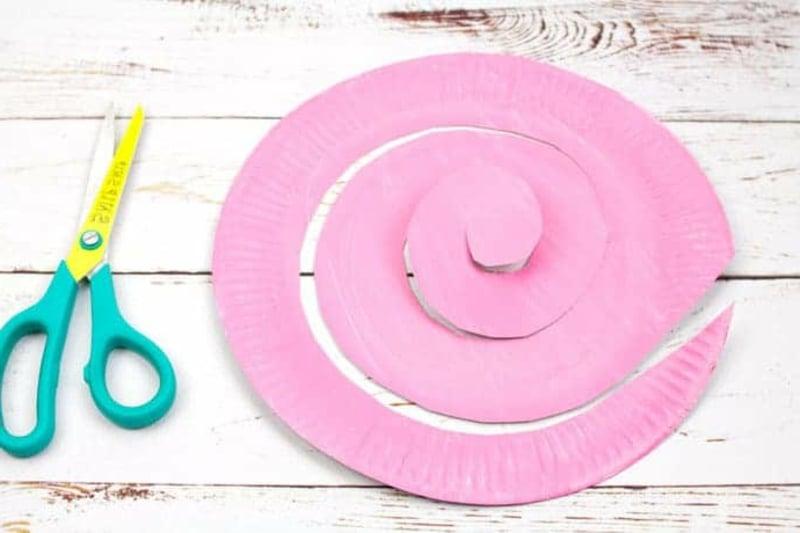 rosa Pappteller Spirale Schweinchen