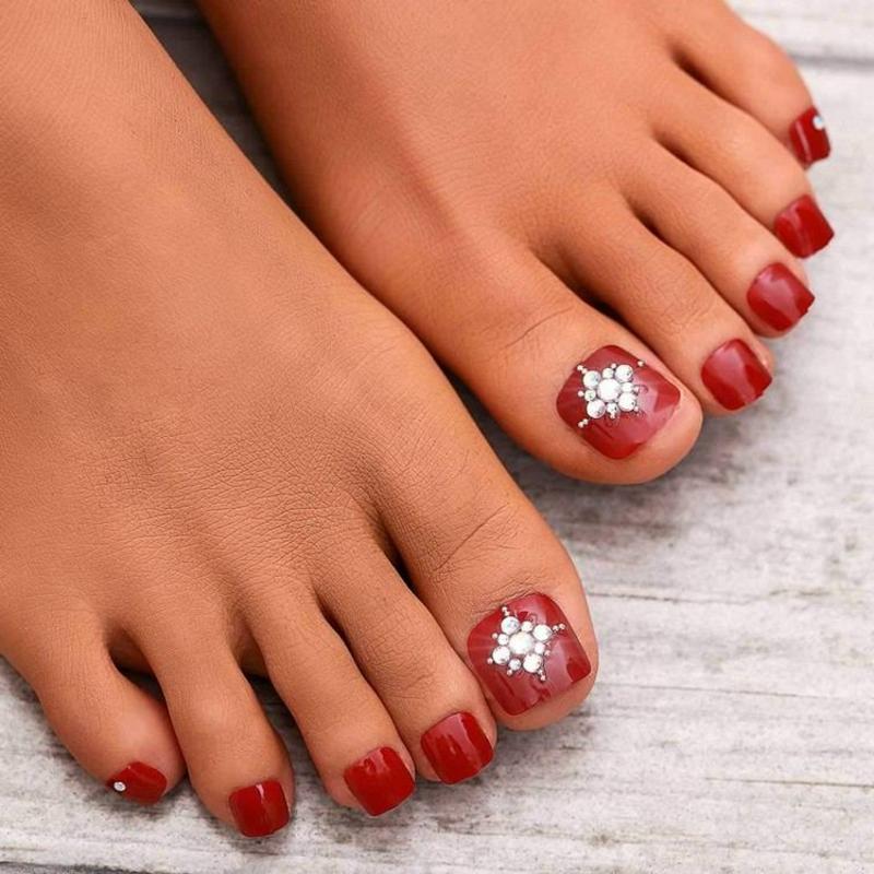 Fußnageldesign rot