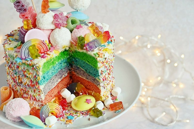 Regenbogen-Torte herrlicher Look