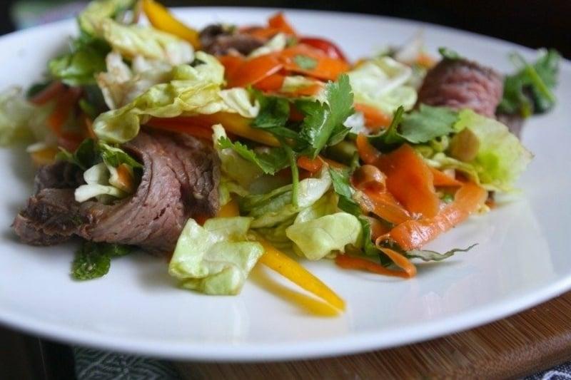 frischer Salat Karotten Kraut
