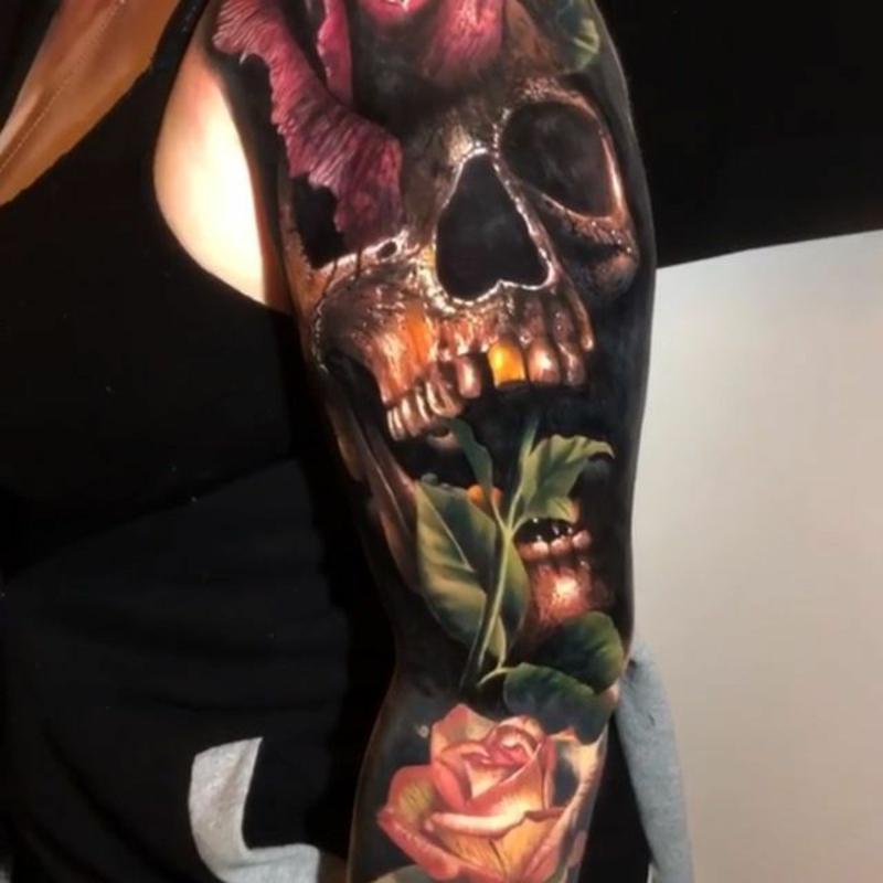 3D Tattoos sehr realistisch Totenkopf Rosen