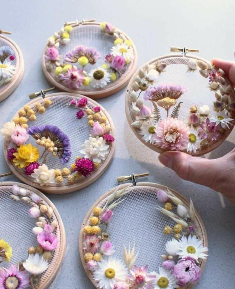 Wanddeko selber machen kreative Idee Trockenblumen