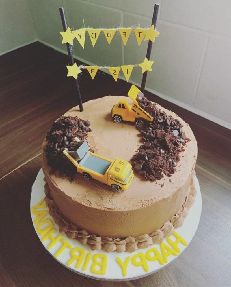 Torte originell dekorieren Baustelle