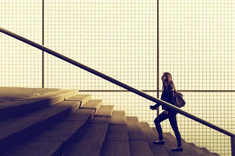 am Bauch abnehmen Treppen steigen
