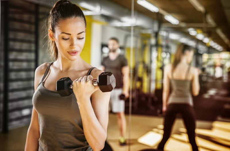 Trizeps Übungen Frauen Fitnessstudio Ideen