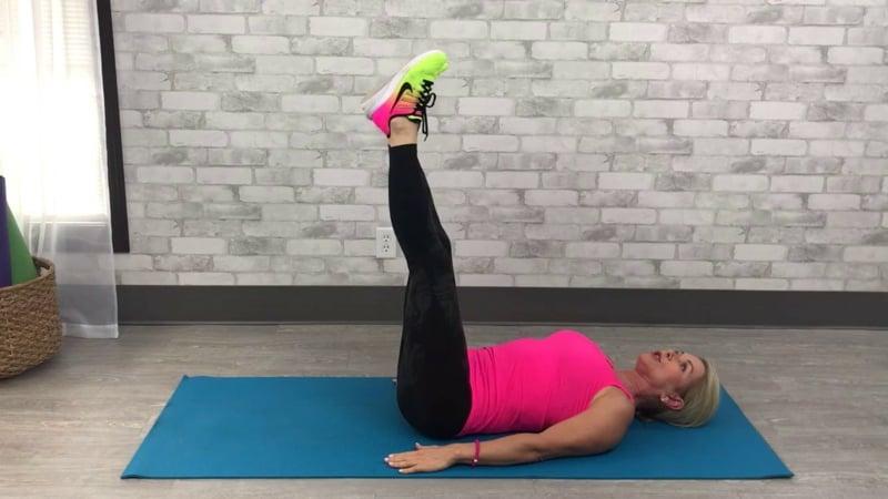 Bauch weg Übungen ab 50 zu Hause machen