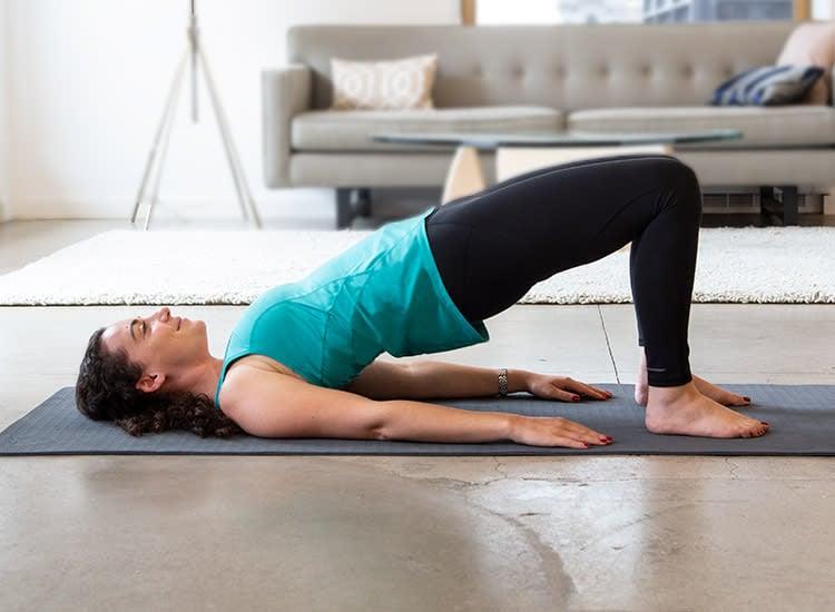 Bauch weg Übungen ab 50 kurzes Training zu Hause