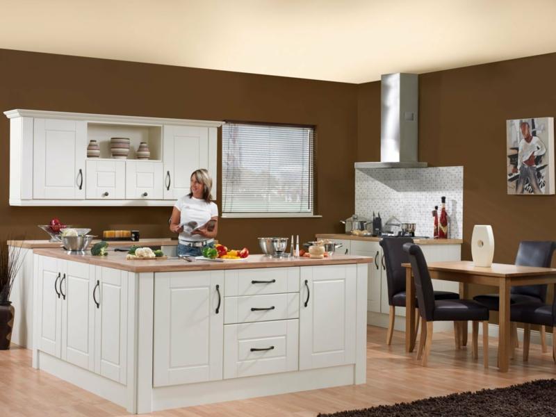 Wandfarbe Schokoladenbraun Küche