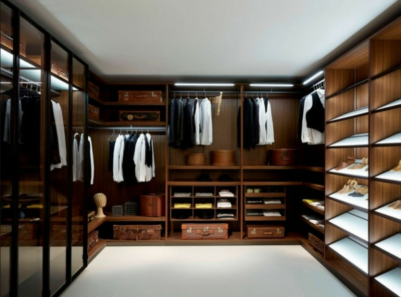 Ankleidezimmer DIY großer Raum