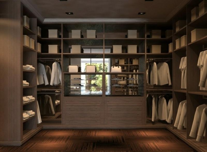 begehbarer Kleiderschrank klare Ordnung