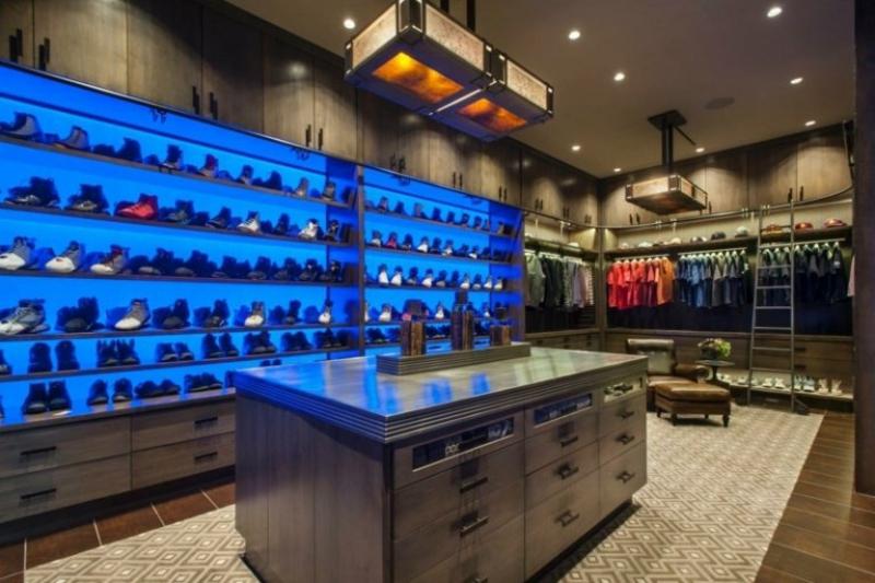 Ankleidezimmer DIY ganz moderner Look
