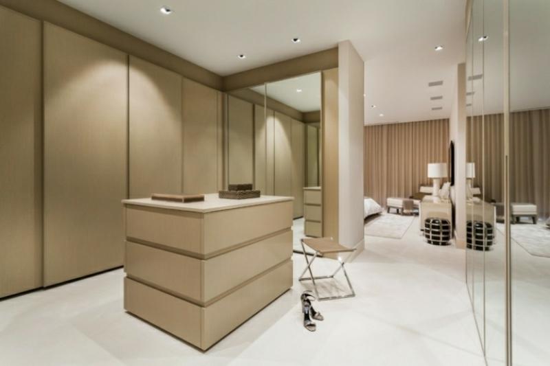 Ankleidezimmer DIY minimalistischer Stil