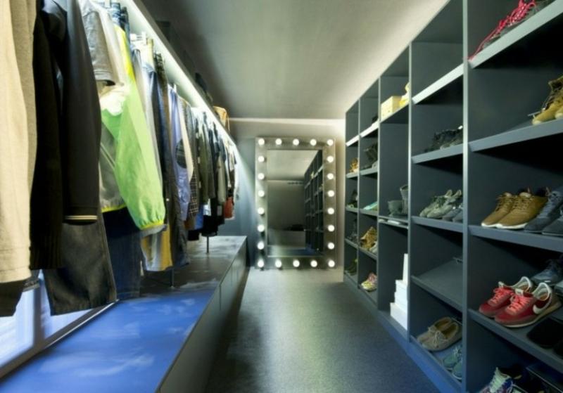 begehbarer Kleiderschrank Spiegel