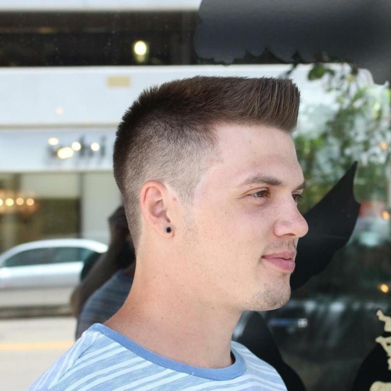 Boxerschnitt mittellanges Haar