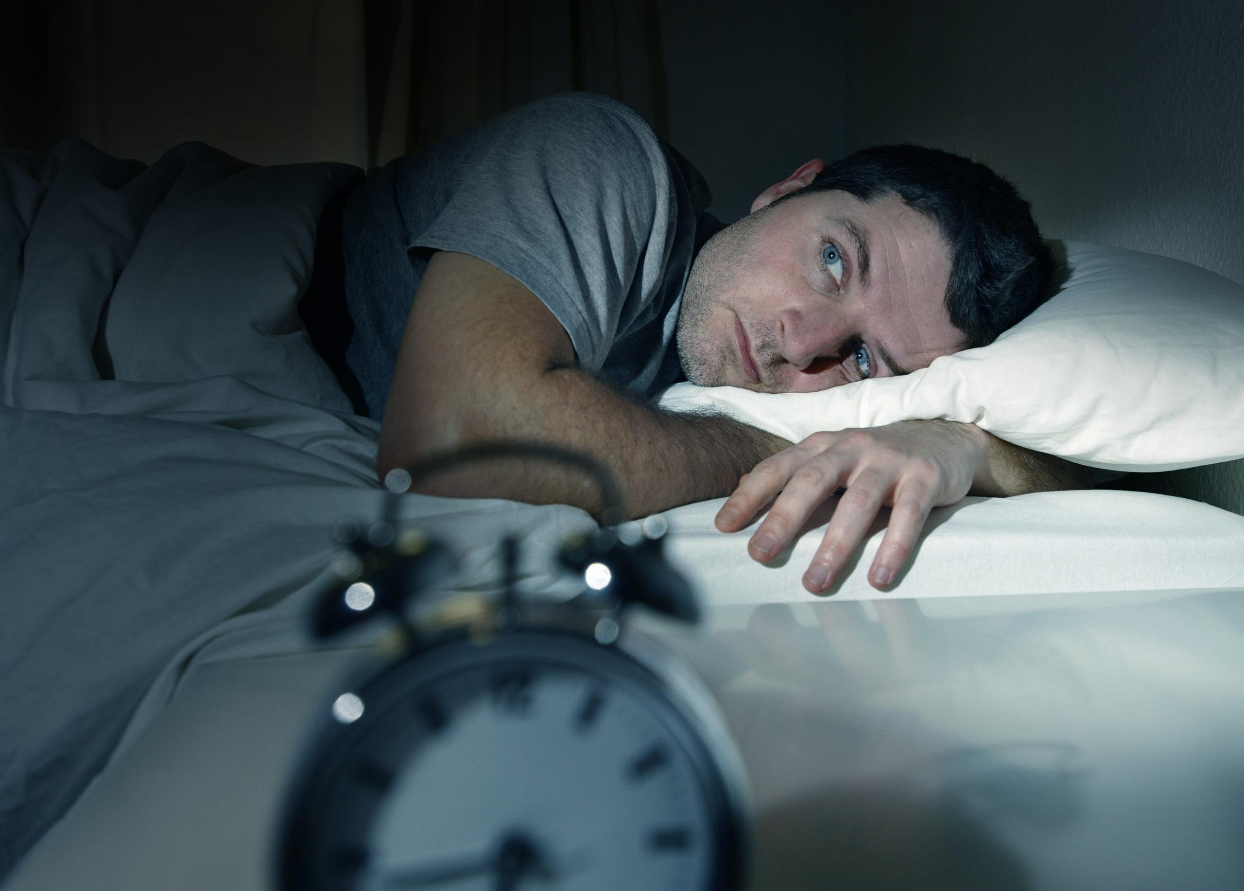 Wie CBD gegen Schlaflosigkeit helfen kann