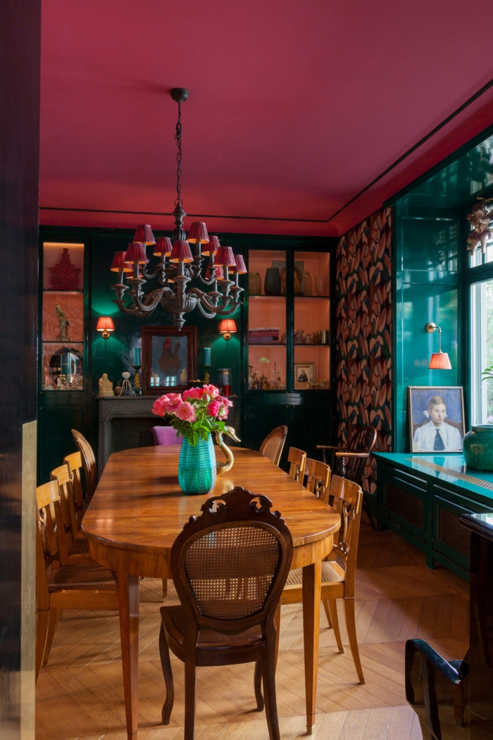 eklektischer Einrichtungsstil Esszimmer auffällige Wandfarben