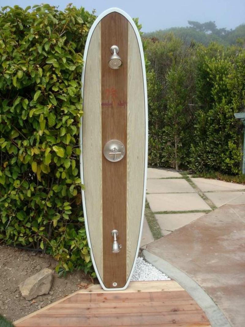 Surfboard Dusche Außenbereich