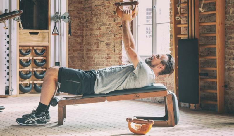 Übungen machen für die Arme
