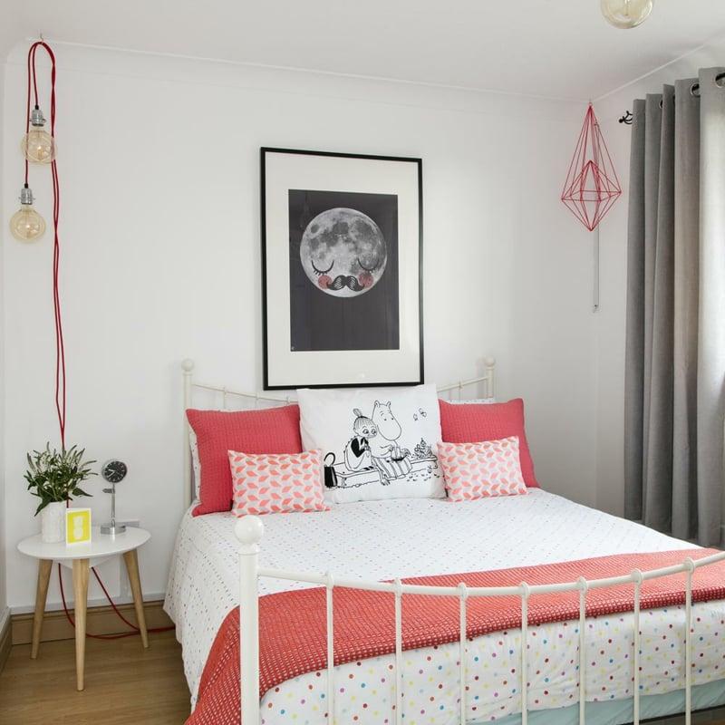 schöne Zimmer Ideen für Mädchen bequemes Bett