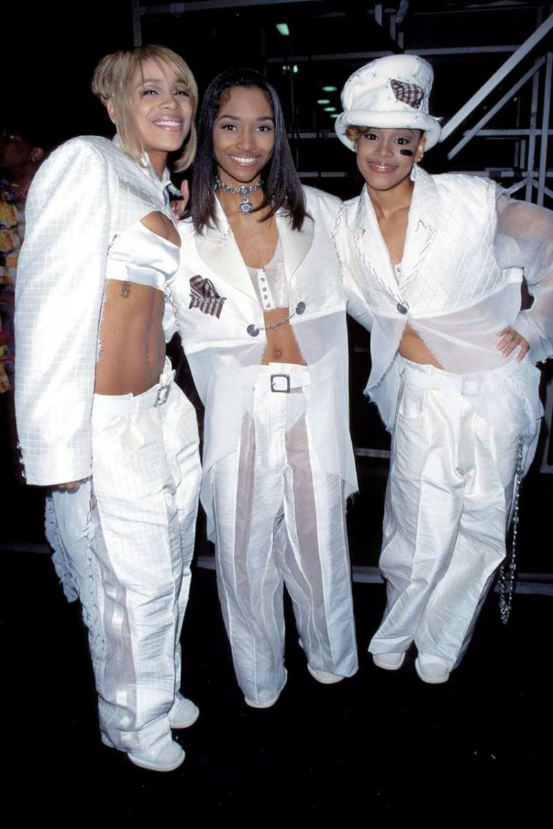 Klamotten 90er Party weiß