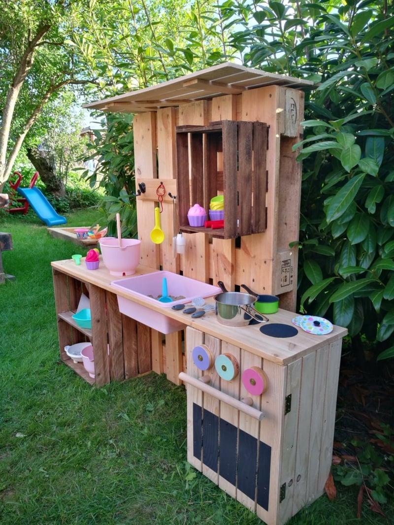 Kinderspielküche alte Paletten