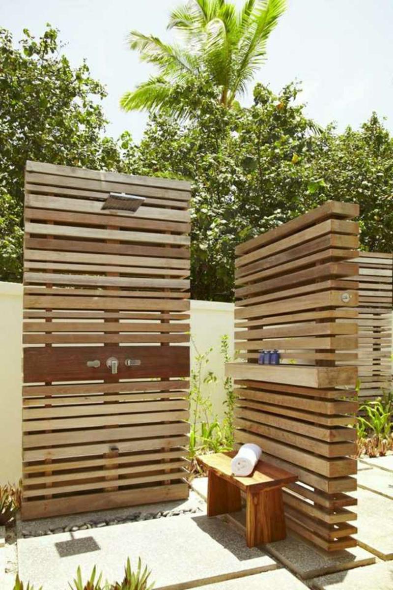 Gartendusche selber bauen dekorative Wände
