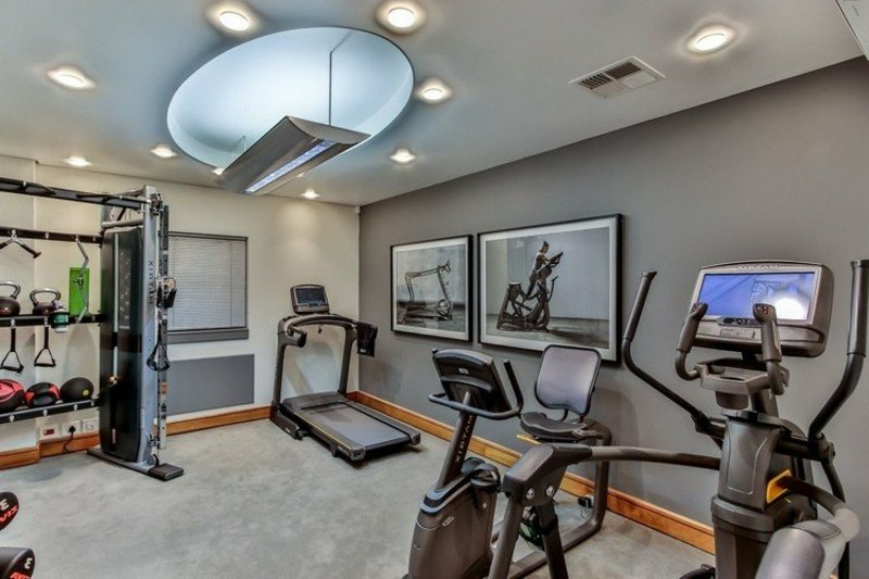 Fitnessraum Zuhause modern