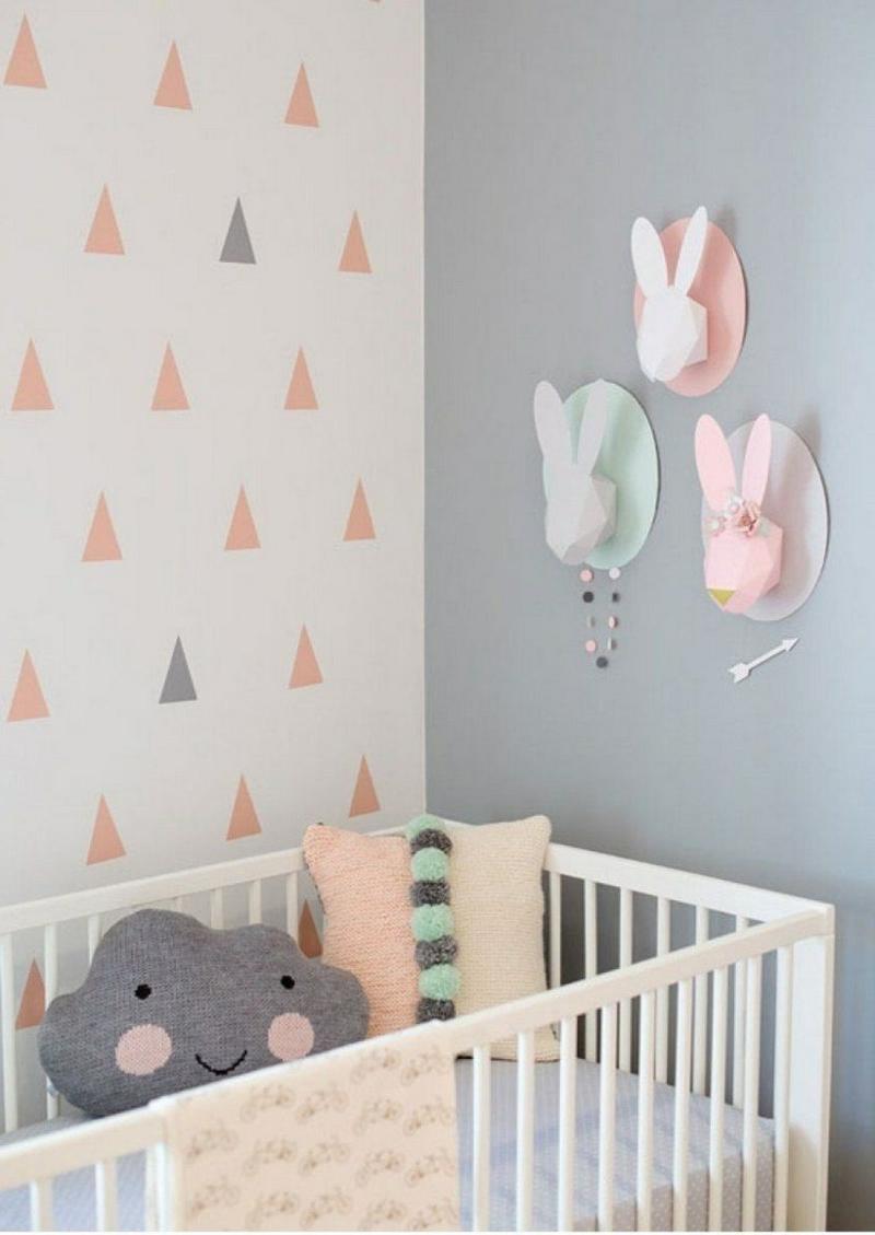 Kinderzimmer Wandgestaltung Dreiecke Pastellfarben